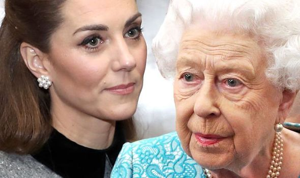 Queen and Kate Middleton 1302763