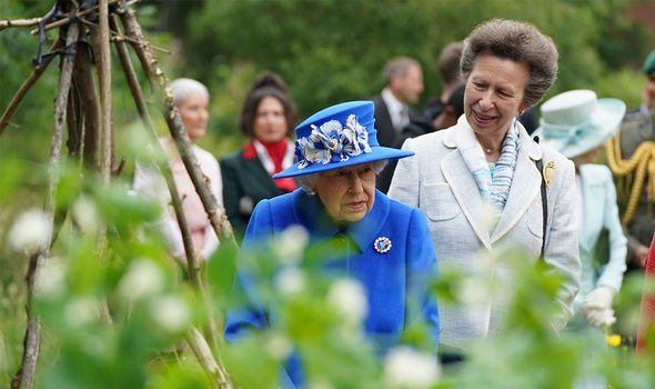 Royal Week: The Queen and Anne in Scotland during Royal Week